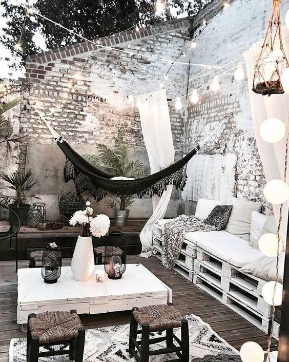 terrasse-boheme-deco-noir-et-blanc