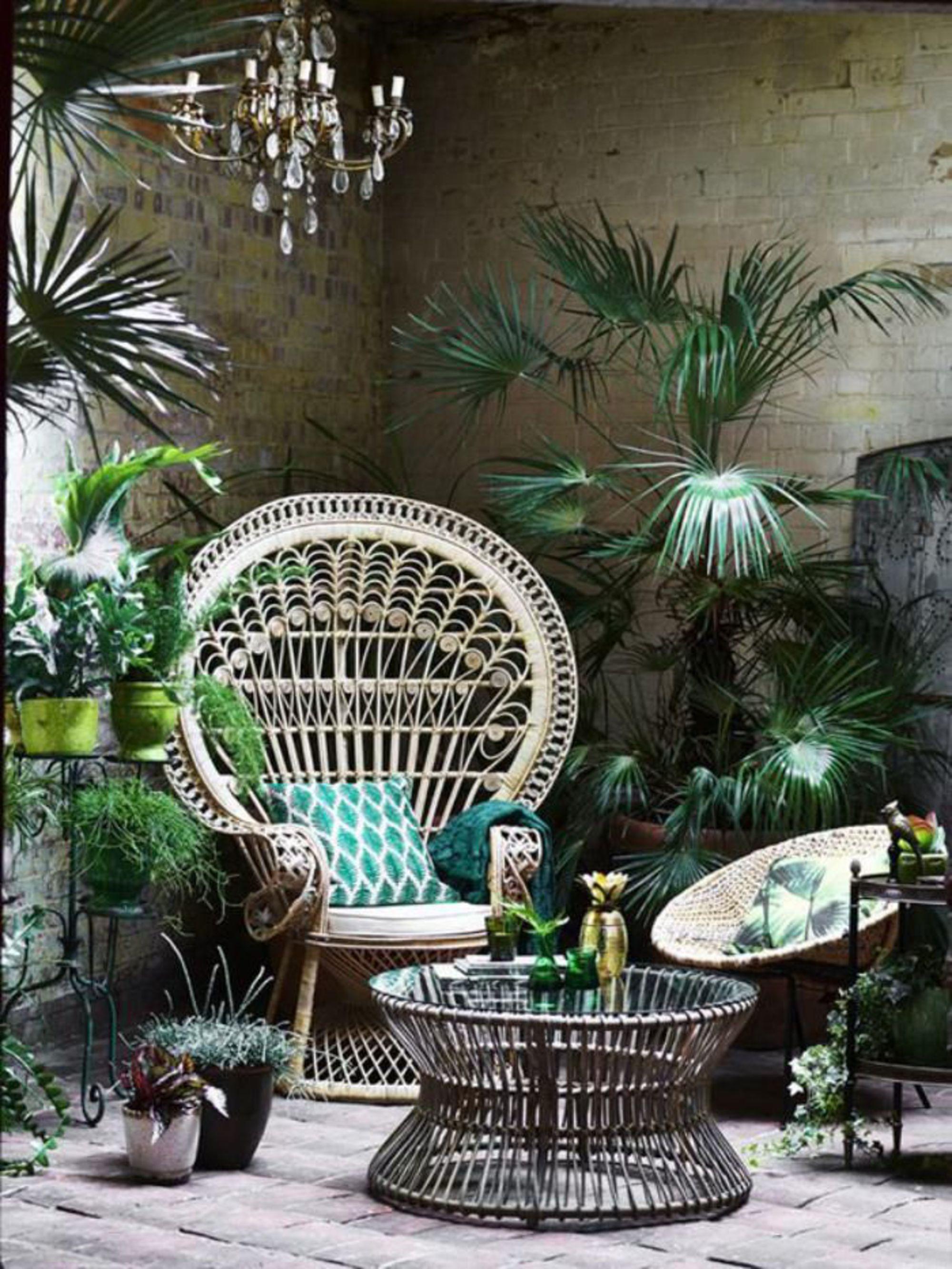 terrasse-chic-exotique-siege-osier-rotin-decoration